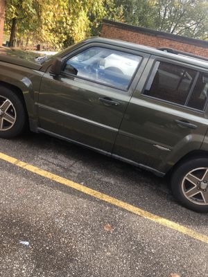 08' Jeep Patriot for Sale in Cleveland, OH