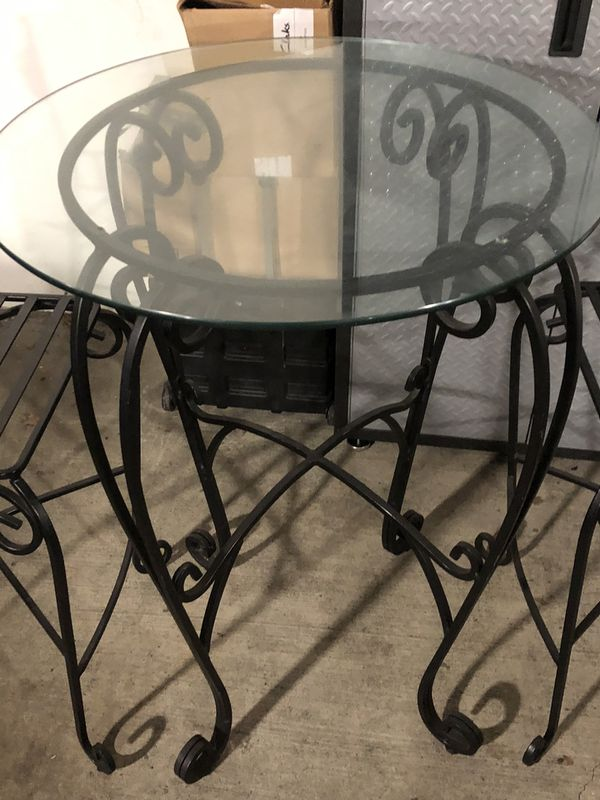Beautiful Iron High Top breakfast/out Door Table
