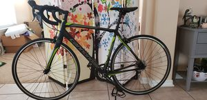 Cannondale Synapse road bike 2017 hardly used for Sale in Celebration, FL