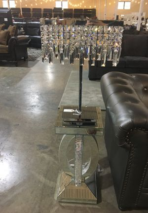 Mirror style lamp and diamond shade for Sale in Dallas, TX