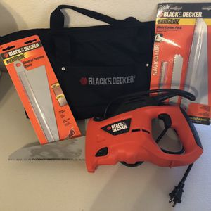 Black and Decker 3.4 amp handsaw bundle for Sale in Henderson, NV