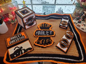 Harley Crochet Throw Set for Sale in Kodak, TN