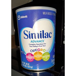 similac formula / pampers for Sale in Chicago, IL