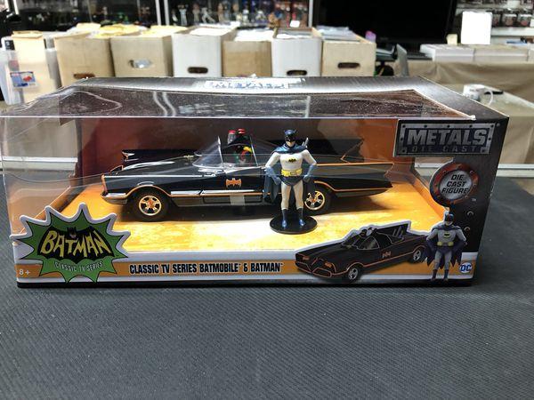 Classic TV Series Batmobile & Batman DC Metals Die Cast 1:24 Scale Jada Toys