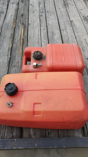2 outboard motor gas tank 3gal and 6 gal for Sale in Anaheim, CA
