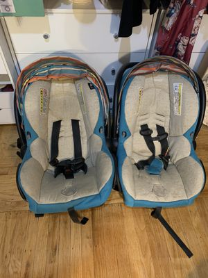 Maxi-Cosi infant carseats for Sale in Sacramento, CA