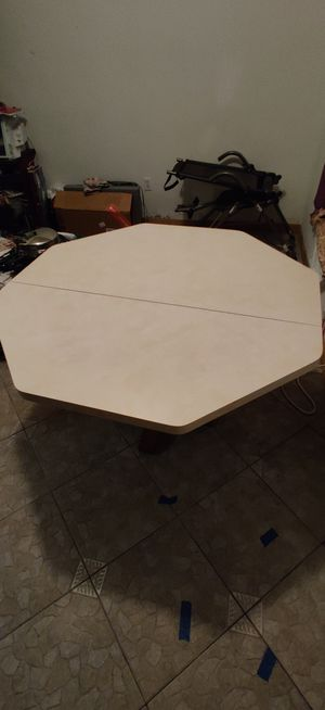 Foldable Kitchen table for Sale in Altamonte Springs, FL