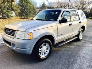 2003 Ford Explorer XLS 4WD/ Fits 6 people/ New tires for Sale in Rockville, MD
