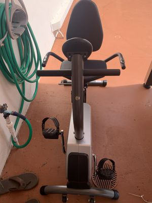 exercise bike for Sale in Pembroke Pines, FL