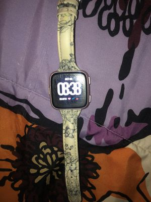 Fitbit Versa Watch for Sale in Cypress, TX