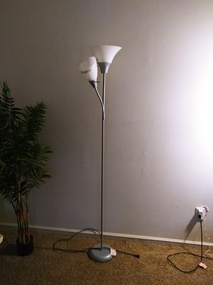 Floor Lamp for Sale in Atlanta, GA