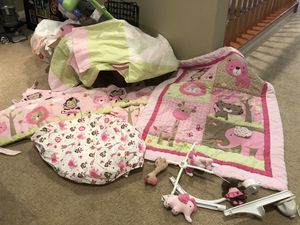 Baby girl Crib bedding for Sale in Murrieta, CA