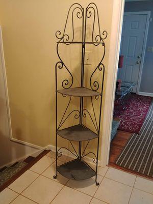 Outdoor metal corner shelf. for Sale in Stone Mountain, GA