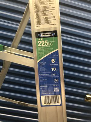 """Ladder -Highest standing level 3'10""""-235lbs. for Sale in Medford, MA"""