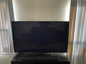 "60"" Panasonic Plasma TV for Sale in Henderson, CO"