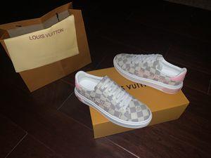 Women's Louis Vuitton Sneaker for Sale in Dallas, TX