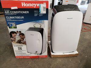 Portable AIR CONDITIONER AC UNIT AIRE ACONDICIONADO portable portatil for Sale in Lauderhill, FL