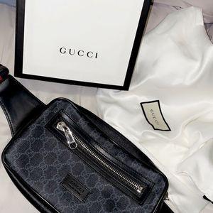 Mens Gucci bag for Sale in Menifee, CA