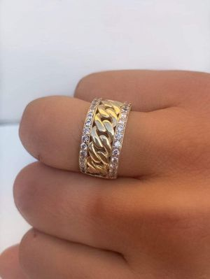 Gold Cuban Link Ring for Sale in South Gate, CA