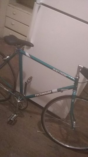 700 SERIES MRALEIGH TECHNIUM BICYCLE for Sale in Fresno, CA