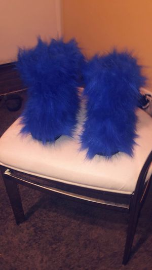 Fur boots for Sale in Columbus, OH
