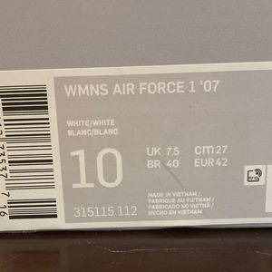 Nike Air Force 1 WOMEN 10 / MEN 8 for Sale in Monroe Township, NJ