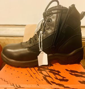 Worx by Red Wing Shoes non metallic lightweight safety toe shoe size 9.5m for Sale in Palmyra, NJ