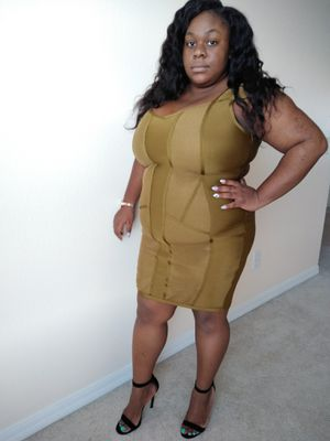 Banded olive dress 2XL for Sale in Riverview, FL