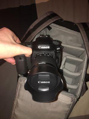 Canon 80D for Sale in Mukilteo, WA