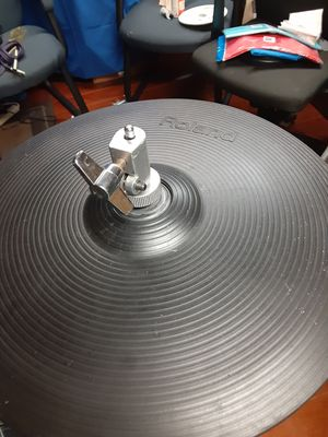 Roland hi hat with yamaha stand for Sale in Miami, FL