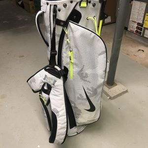 Nike Sports Lite Golf Bag With Stand And Backpack for Sale in Bellmore, NY