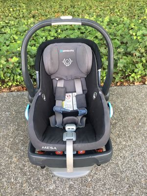 UPPAbaby Mesa car seat and base for Sale in Bothell, WA