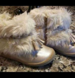 Toddler Girls Furry Boots - Size 7 T for Sale in Simpsonville, SC