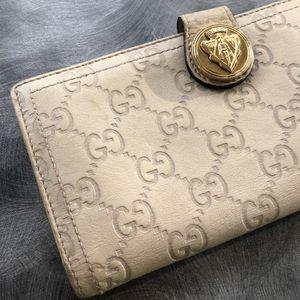 Gucci Women's Clutch Wallet for Sale in Jurupa Valley, CA