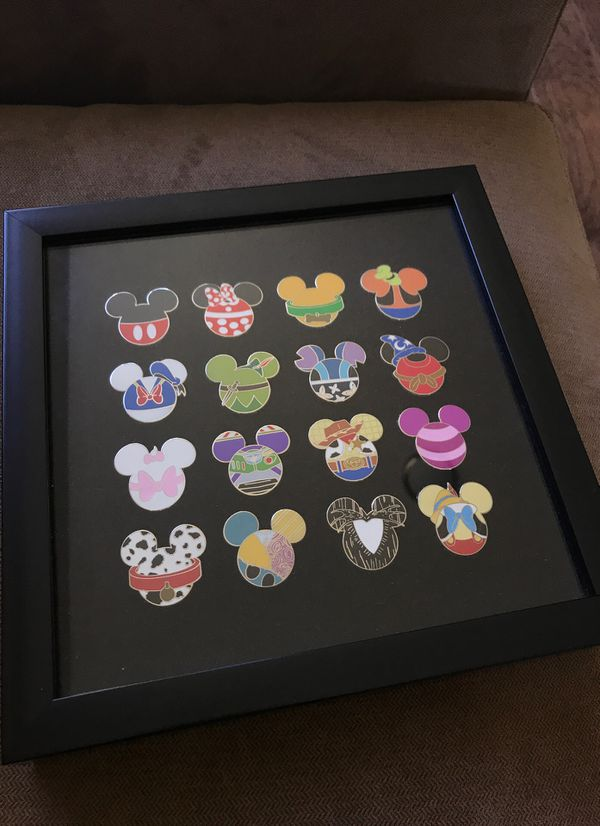 Disney Mickey mystery icon pins