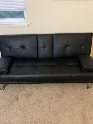 Chair/couch for Sale in Norfolk, VA