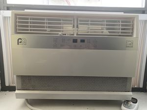 Perfect Aire 10,000 BTU Window AC with Remote + Bracket + Side panel insulation for Sale in New York, NY