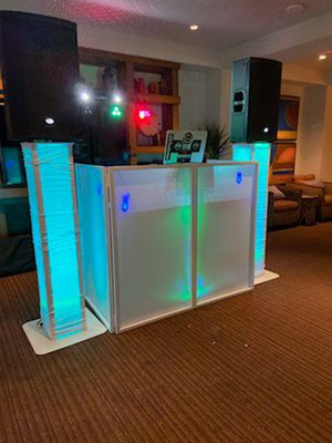 Dj for partys bodas quinceaneras for Sale in Santa Fe Springs, CA