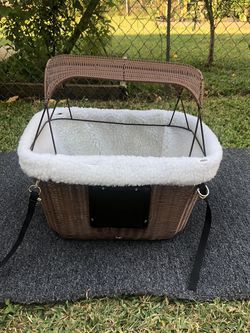Bicycle Dog Basket 🐶 for Sale in Dallas,  TX