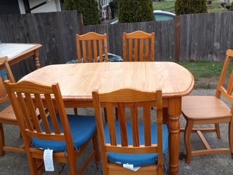 Kitchen Table & 6 chairs Delivery Is Avail Firm On My Price for Sale in Everett,  WA