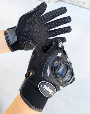 Brand new $10 per pair Motorcycle Anti Slide Full Finger Gloves Hard Knucle Protection (Size Large only) for Sale in Pico Rivera, CA