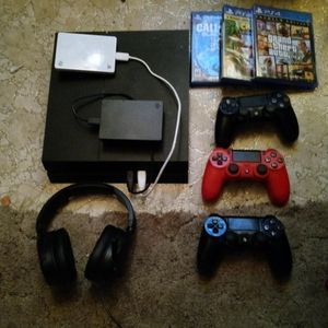 Ps4 +3 Controllers+100 Plus Games, 2 External Hard Drives, And Headset Mic for Sale in Golden, CO
