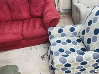 Sofa And Recliner for Sale in Arlington,  TX