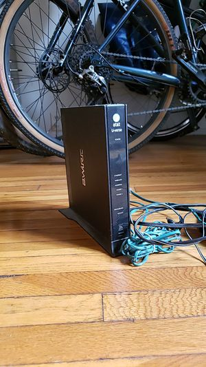 AT&T ATT Wireless Router 2Wire Uverse Modem DSL BROADBAND for Sale in Los Angeles, CA