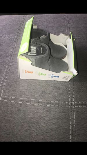 Carters boots for girls— size 3 for Sale in Wilmington, NC