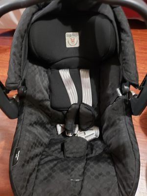 Car seat peg-perego for Sale in Dickinson, TX
