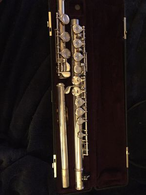 Solid Silver Yamaha Open Holed Flute with Gold Plated Mouthpiece for Sale in Anchorage, AK