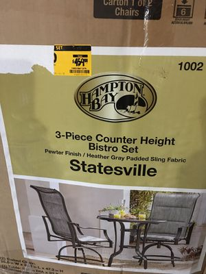HAMPTON BAY steel outdoor set for Sale in Chicago, IL