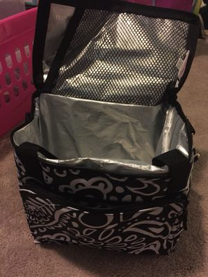"""""""Thirty One """" thermal cooler for Sale in Laurel, MD"""