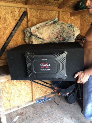 1000 WATT SONY EXPLODE BASS BOOSTER with 2 15inch PIONEER SUBWOOFERS 750 WATTS for Sale in Hawkins, TX